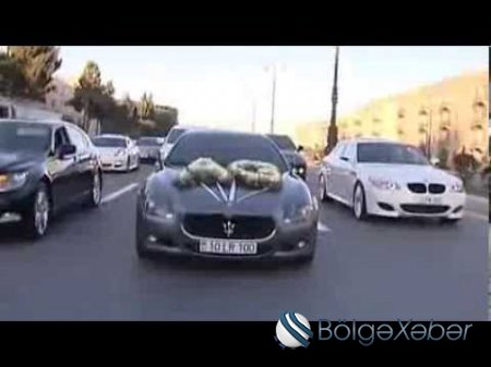 Anar Məmmədov avtomobillərini ölkədən çıxarır-Fotolar